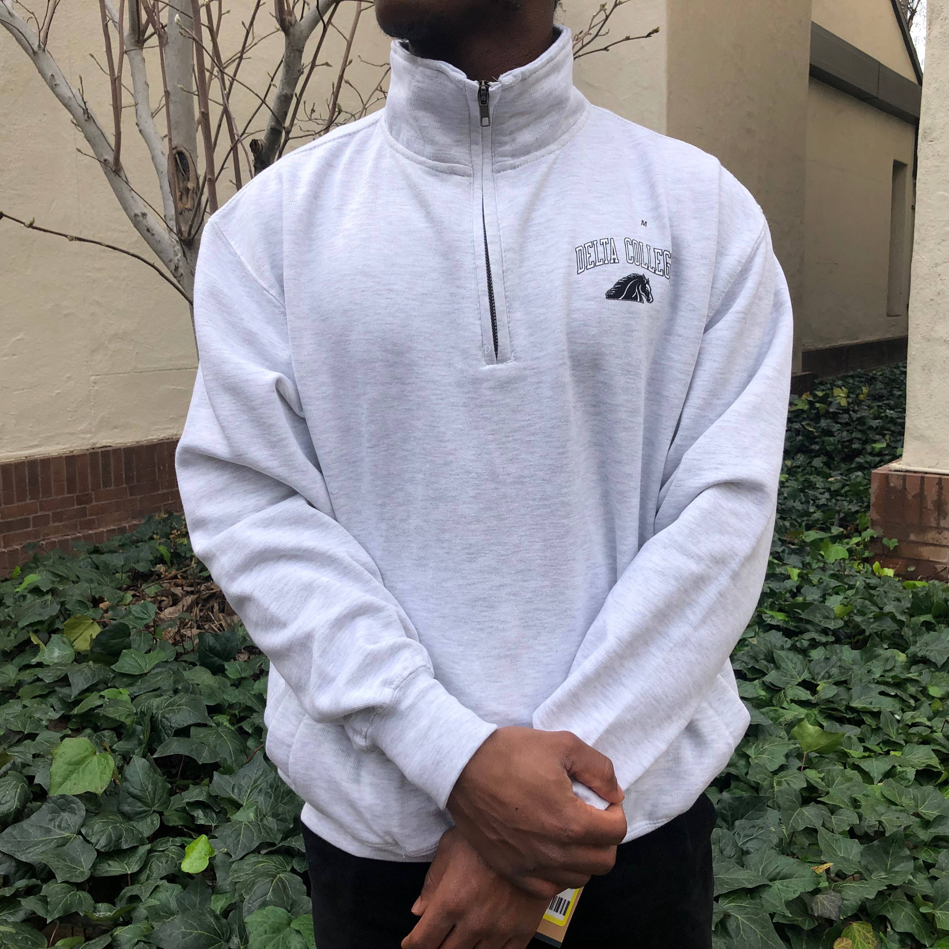 Image For LIGHT GRAY 1/4ZIP