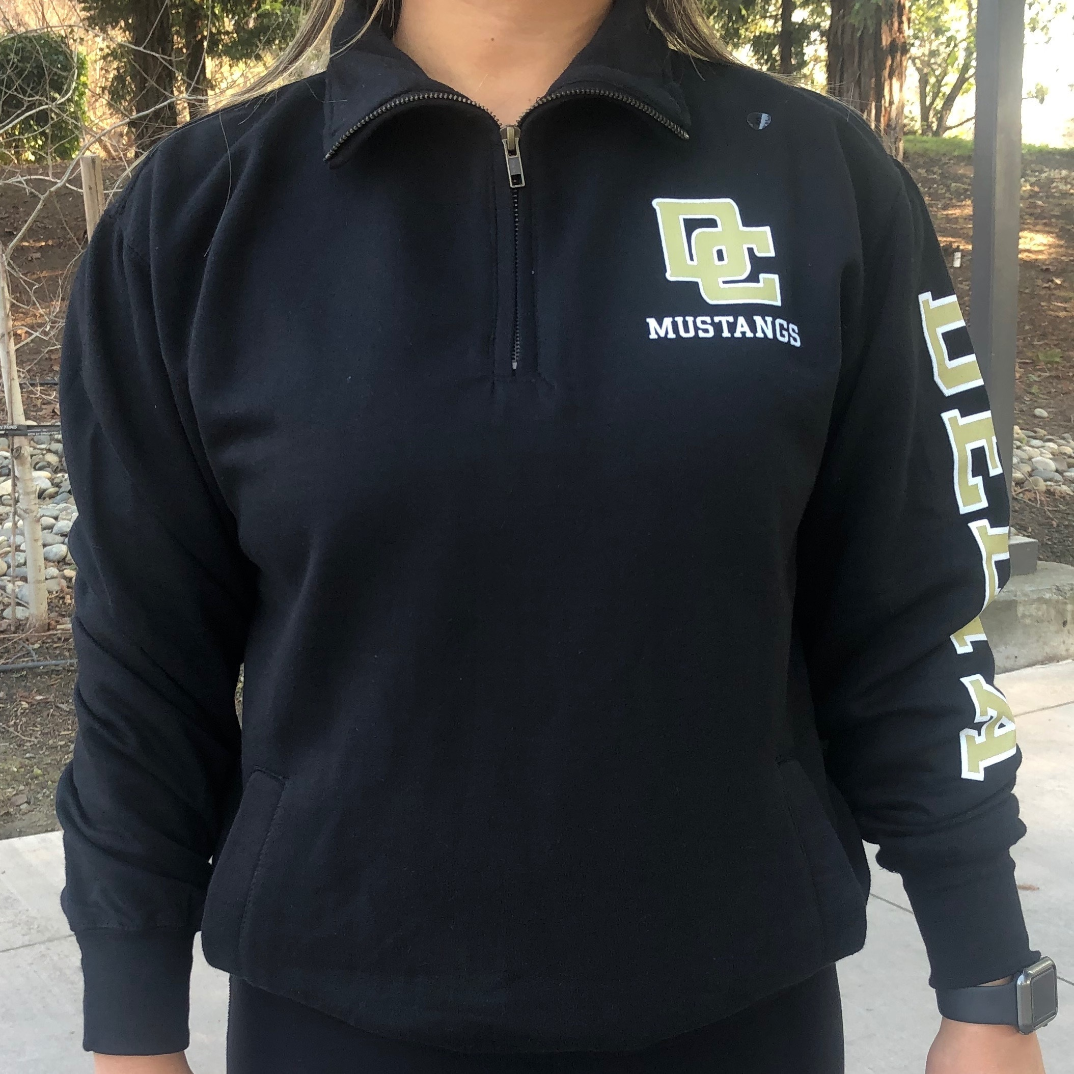 Image For BLACK UNISEX 1/4 ZIP